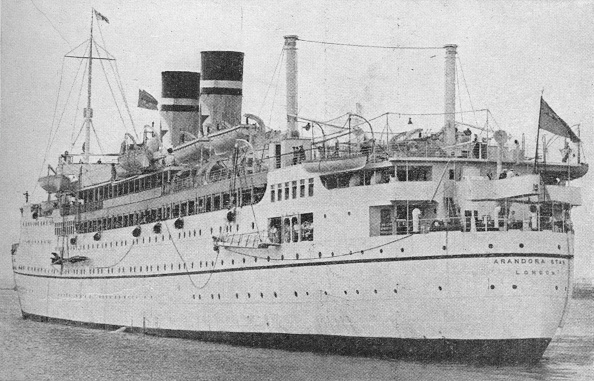 乗客輸送船「The Arandora Star at the start of a peace time voyage', c1938 (1940)」:写真・画像(3)[壁紙.com]
