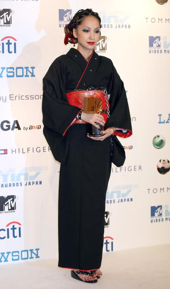 中島 美嘉「2006 MTV Video Music Awards Japan - Media Room」:写真・画像(18)[壁紙.com]