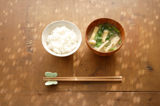 Chopsticks「Japanese simple dishes, rice and miso soup」:スマホ壁紙(2)