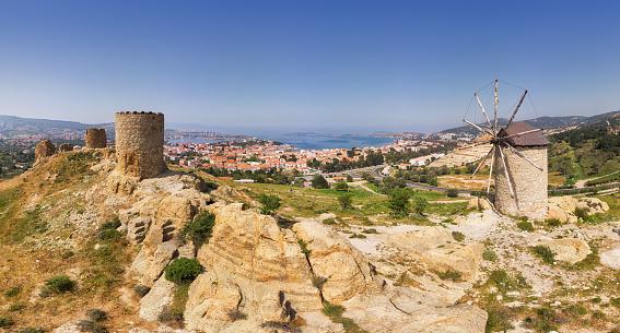 Aegean Sea「Windmills of Foca, Izmir, Turkey」:スマホ壁紙(3)