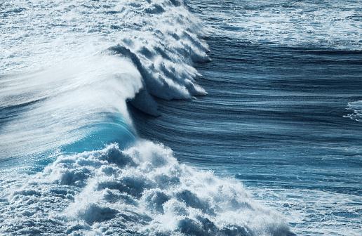 Tide「Ocean storm」:スマホ壁紙(2)