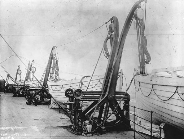 Boat Deck「Titanic Lifeboats」:写真・画像(17)[壁紙.com]