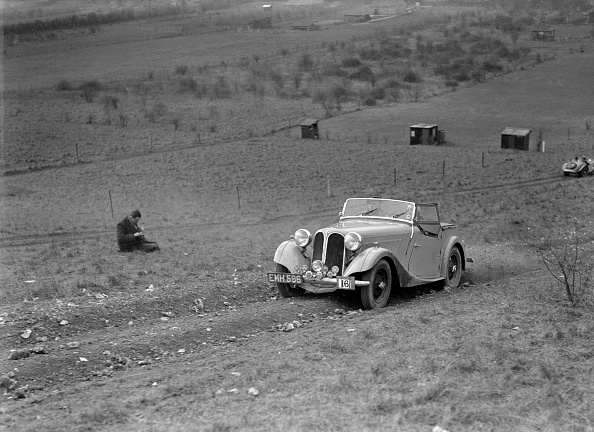 Country Road「Frazer-Nash BMW 319/55 at the London Motor Club Coventry Cup Trial, Knatts Hill, Kent, 1938」:写真・画像(3)[壁紙.com]