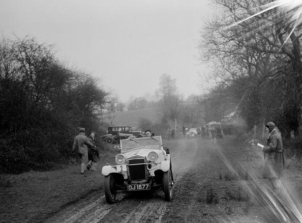 Dirt Road「Frazer-Nash Boulogne of RS Langford, Sunbac Colmore Trial, near Winchcombe, Gloucestershire, 1934」:写真・画像(15)[壁紙.com]