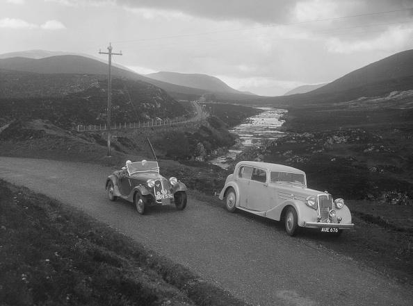 Rustic「Frazer-Nash BMW 319/55 of E Violet Watson passing Bill Brunells Standard, Scottish Rally, 1938」:写真・画像(16)[壁紙.com]