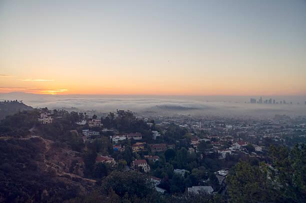 Downward view of sunrise towards Los Angeles:スマホ壁紙(壁紙.com)