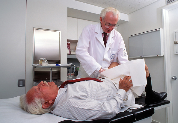 Adults Only「Prostate Examination」:写真・画像(10)[壁紙.com]