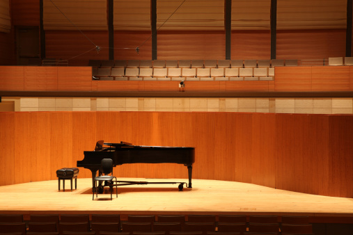 Concert Hall「Grand Piano on Stage」:スマホ壁紙(11)
