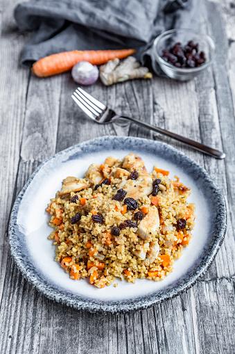 Bulgur Wheat「Bulgur with chicken meat, carrot, ginger and raisins」:スマホ壁紙(7)