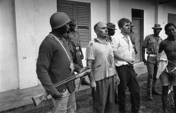 Government Building「Nigerian Hostages」:写真・画像(12)[壁紙.com]