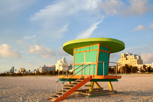 Miami Beach「監視員の駅から夜明けまで、サウスビーチに Miaimi」:スマホ壁紙(6)