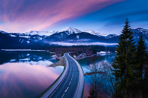 Lenggries「Bridge over lake in Germany」:スマホ壁紙(4)