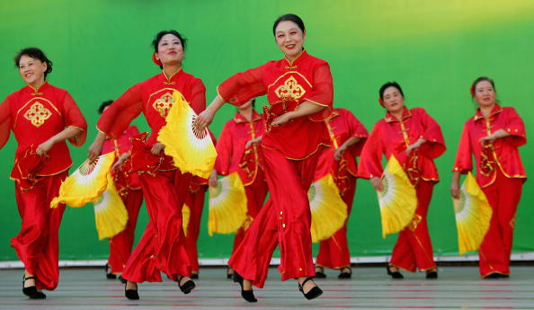 Chinese Culture「Folk Dance Competition Held In Beijing」:写真・画像(15)[壁紙.com]