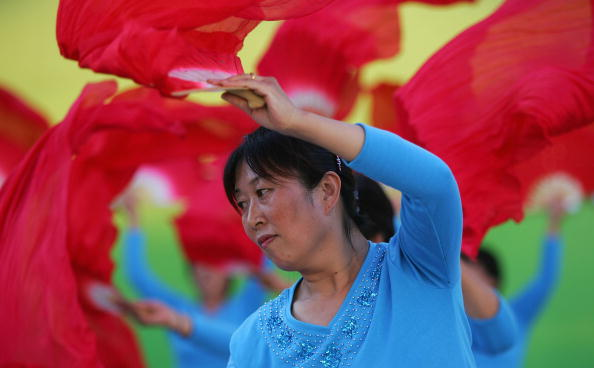 Focus On Foreground「Folk Dance Competition Held In Beijing」:写真・画像(15)[壁紙.com]