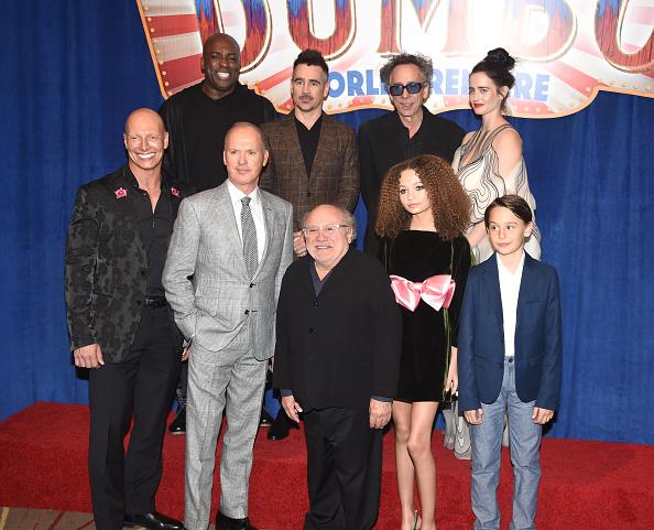 "El Capitan Theatre「Premiere Of Disney's ""Dumbo"" - Red Carpet」:写真・画像(1)[壁紙.com]"