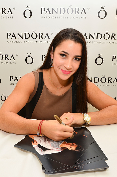 King of Prussia - Pennsylvania「Three-Time Gymnastics Medalist And World Champion Aly Raisman To Host PANDORA Event」:写真・画像(2)[壁紙.com]