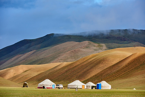 Independent Mongolia「Mongolia, nomad camp in the Altay range」:スマホ壁紙(8)