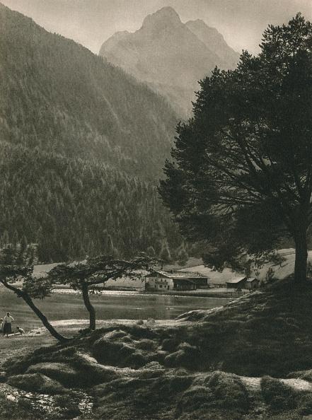 Physical Geography「Mittenwald: Lauteree - Wetterstein-Gebirge, 1931」:写真・画像(19)[壁紙.com]