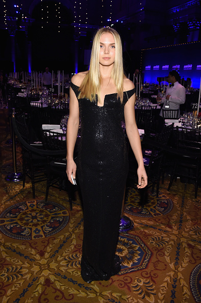 Long Dress「2015 amfAR New York Gala - Inside」:写真・画像(9)[壁紙.com]
