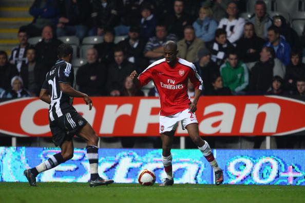 Abu Diaby「Newcastle United v Arsenal - Premier League」:写真・画像(1)[壁紙.com]