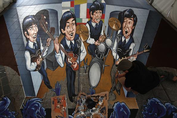 Sidewalk「Liverpool Unveils Giant 3D Beatles Artwork」:写真・画像(7)[壁紙.com]