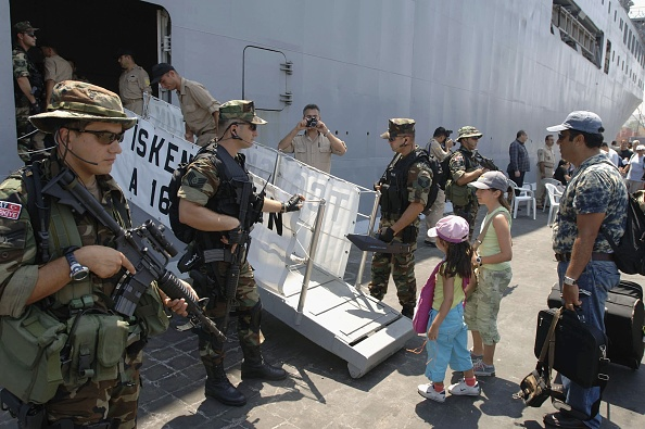 Ferry「Foreign Nationals Continue To Evacuate Beirut」:写真・画像(15)[壁紙.com]