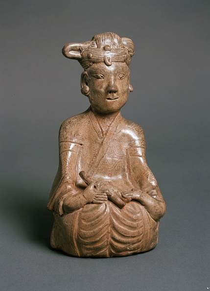 Female Likeness「Greenware Burial Figure Of Woman And Child」:写真・画像(0)[壁紙.com]
