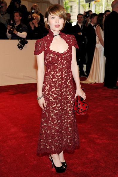 "Larry Busacca「""Alexander McQueen: Savage Beauty"" Costume Institute Gala At The Metropolitan Museum Of Art - Arrivals」:写真・画像(1)[壁紙.com]"