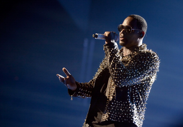 Singer「2013 BET Awards - Show」:写真・画像(8)[壁紙.com]