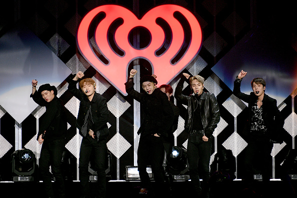 Dia Dipasupil「iHeartRadio's Z100 Jingle Ball 2019 Presented By Capital One - Show」:写真・画像(17)[壁紙.com]