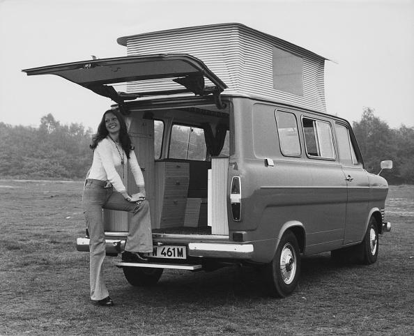 Finance and Economy「Ford Canterbury Savannah MkIII Transit Van」:写真・画像(10)[壁紙.com]