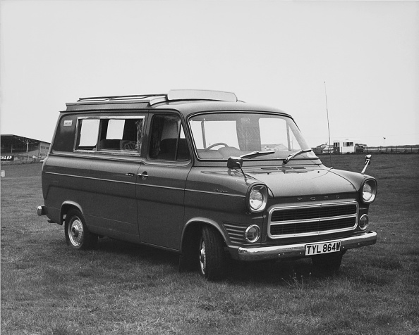 Finance and Economy「Ford Wayfarer Transit Van」:写真・画像(9)[壁紙.com]