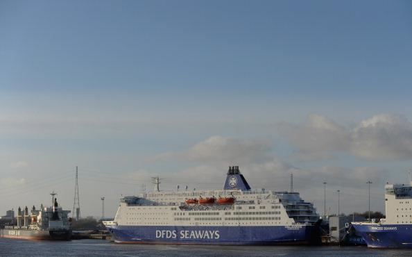 Passenger Cabin「Passenger Ferry Returns To Port After Fire Onboard」:写真・画像(1)[壁紙.com]
