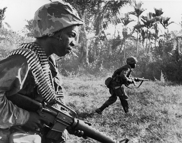 Army Soldier「US Army Rifleman Charge Viet Cong, Vietnam, 1967. 」:写真・画像(12)[壁紙.com]