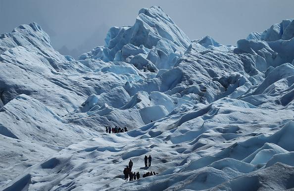 モレノ氷河「Global Warming Impacts Patagonia's Massive Glaciers」:写真・画像(5)[壁紙.com]