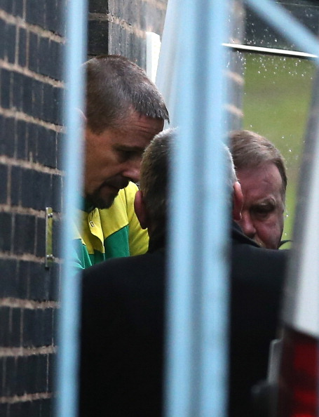 Begging - Social Issue「Mark Bridger Enters Pleas At Court Charged With The Abduction and Murder Of April Jones」:写真・画像(16)[壁紙.com]