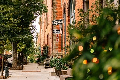Row House「Brownstone streets of Baltimore」:スマホ壁紙(6)