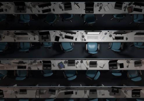 Dark「Empty, dark office, with one computer on」:スマホ壁紙(15)