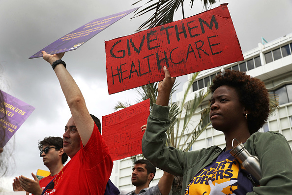 Improvement「Miami Airport Workers Strike For Better Wages And Conditions Ahead Of The July 4th Holiday」:写真・画像(14)[壁紙.com]