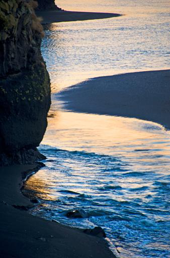 Basalt「Dyrholaey Seascape in Iceland」:スマホ壁紙(14)