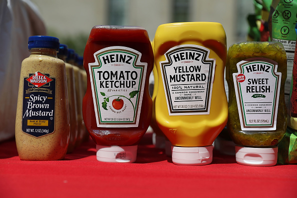 Condiment「Annual Hot Dog Lunch Held For Lawmakers On Capitol Hill」:写真・画像(6)[壁紙.com]