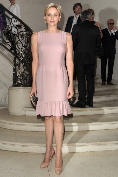 Pink Color「Christian Dior: Front Row - Paris Fashion Week Haute Couture F/W 2013」:写真・画像(17)[壁紙.com]