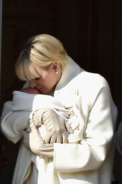 Architectural Feature「Official Presentation Of The Monaco Twins : Princess Gabriella of Monaco  And Prince Jacques of Monaco At The Palace Balcony」:写真・画像(18)[壁紙.com]