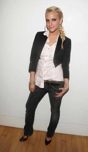 Thin「MTV TRL With Ashlee Simpson & John Legend」:写真・画像(5)[壁紙.com]