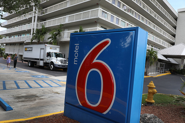 Florida - US State「Motel 6 To Pay $12 Million Settlement For Giving Guest Information To ICE」:写真・画像(6)[壁紙.com]