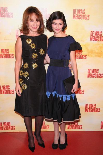 Nathalie Baye「'De Vrais Mensonges' - Paris Premiere」:写真・画像(17)[壁紙.com]