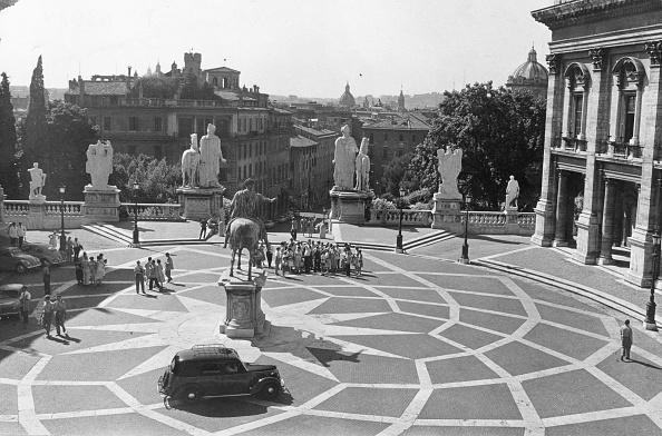 Famous Place「Piazza Campidoglio」:写真・画像(16)[壁紙.com]