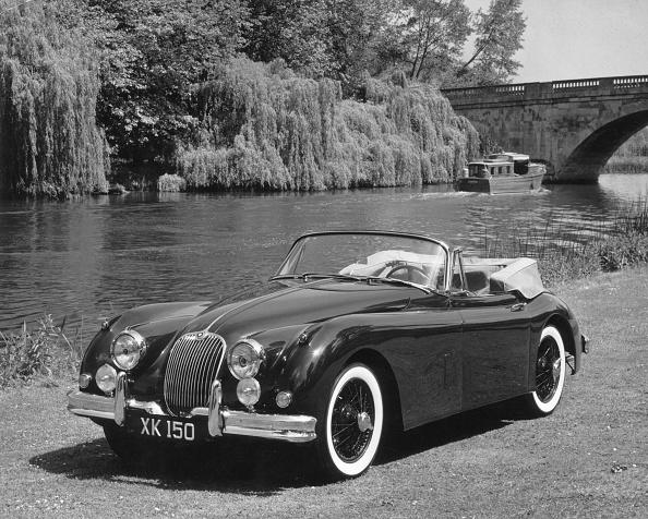 Grass Family「Jaguar XK 150」:写真・画像(1)[壁紙.com]