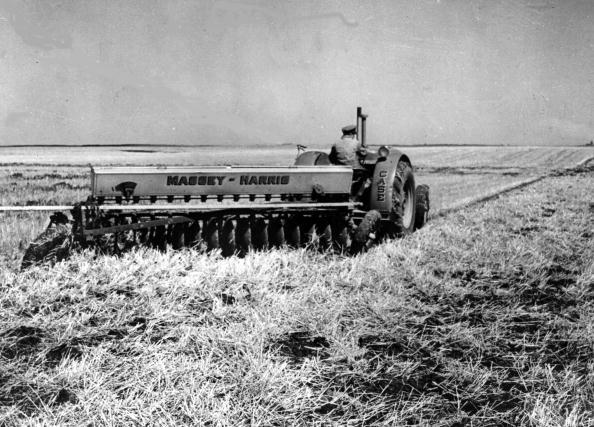Combine Harvester「Gathering Crops」:写真・画像(12)[壁紙.com]