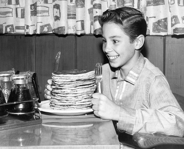 Pancake「Stack 'Em High」:写真・画像(0)[壁紙.com]